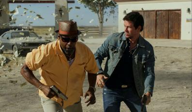 """Mark Wahlberg i Denzel Washington w filmie """"Agenci"""""""