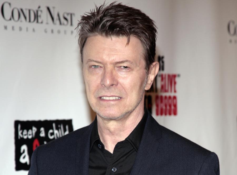 David Bowie pokonał królową Elżbietę I