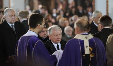 Jarosław Kaczyński na pogrzebie Tadeusza Mazowieckiego