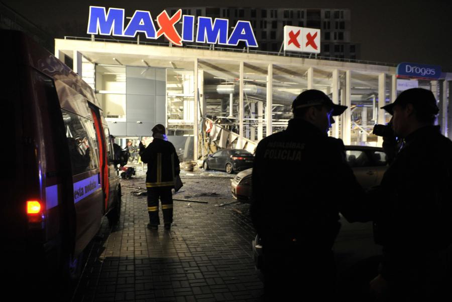 Zawalił się supermarket na stolicy Łotwy