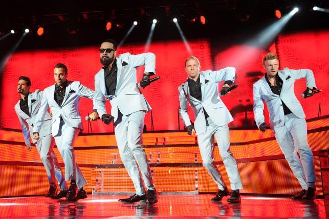 """Backstreet Boys podczas koncertu w ramach """"In A World Like This Tour"""" – sierpień 2013"""