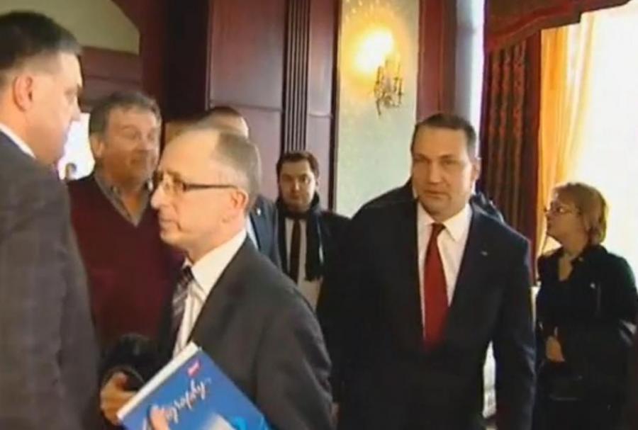 Radosław Sikorski po spotkaniu z liderami Majdanu