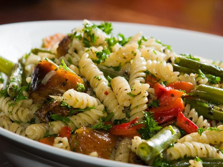 Szybki Obiad Pysznie Kolorowy Przepis Na Wiosenny Makaron Kuchnia