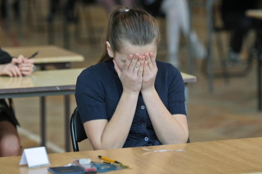 Uczniowie szkoły podstawowej nr 21 w Gorzowie Wielkopolskim podczas sprawdzianu szóstoklasisty