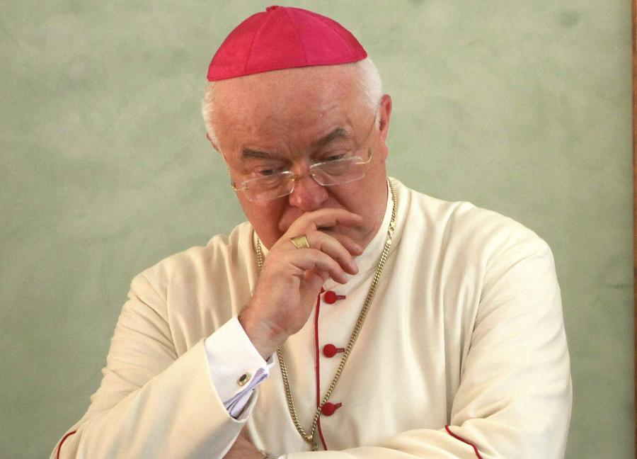 Na zdjęciu archiwalnym z dnia 12 sierpnia 2011 roku abp Józef Wesołowski