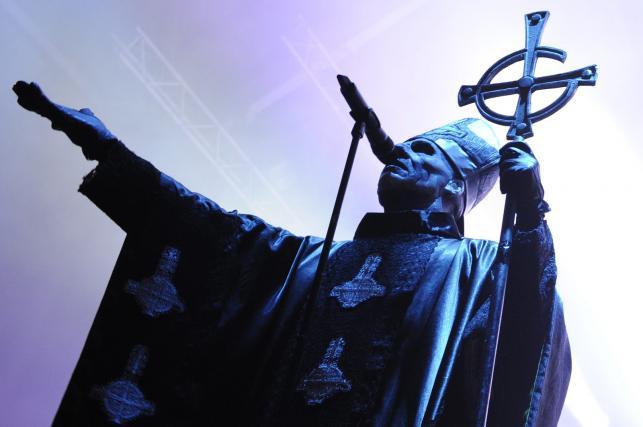 Papa Emeritus II to w rzeczywistości Tobias Forge?