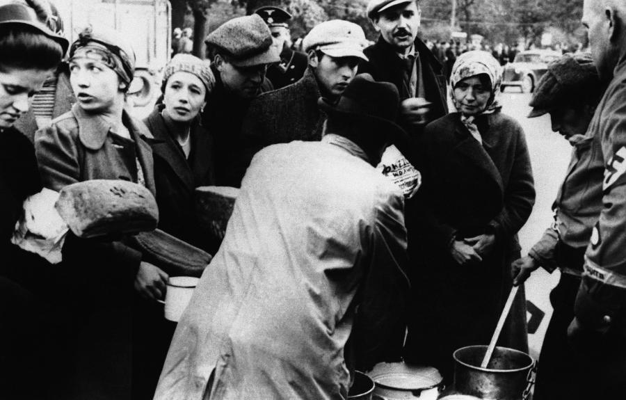 Upadek Warszawy we wrześniu 1939 roku. ARCHIWALNE ZDJĘCIA