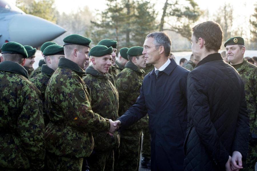 Jens Stoltenberg, szef NATO, w Estonii