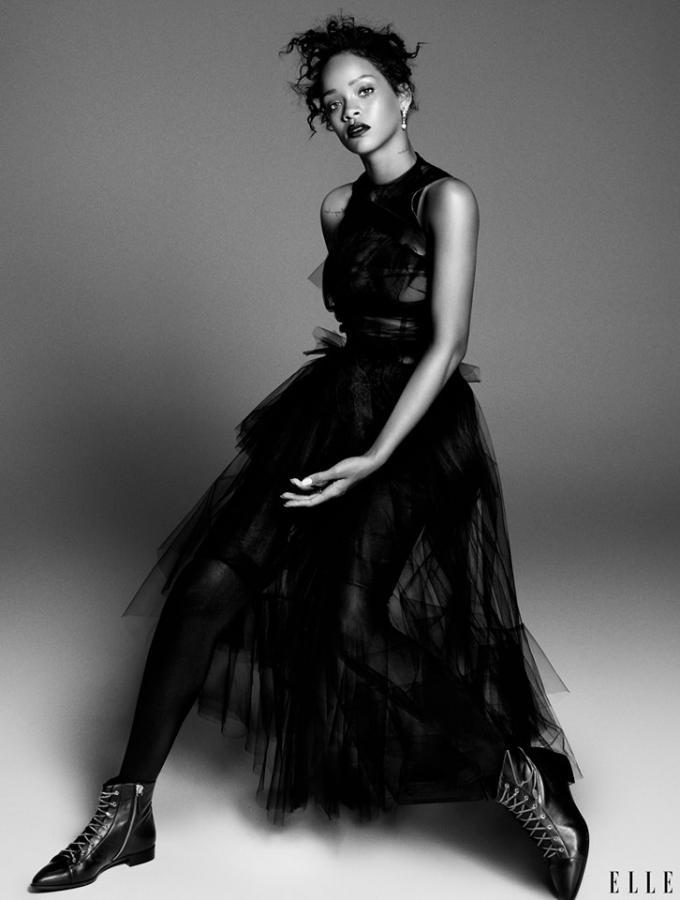 """Rihanna na zdjęciach z nowej sesji dla """"Elle"""""""
