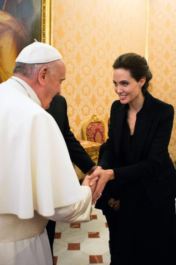 Angelina Jolie u papieża Franciszka