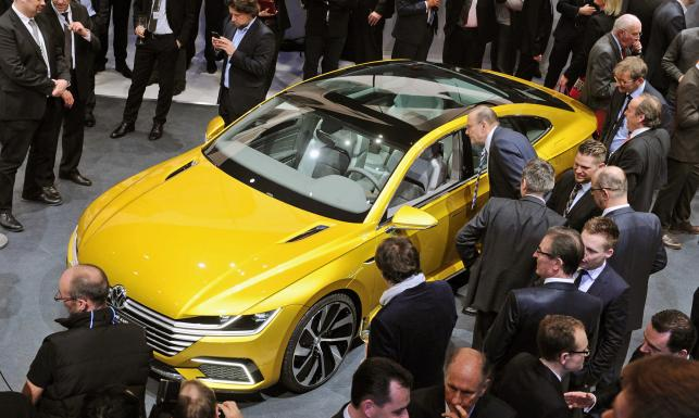 2 litry na setkę i 1200 km zasięgu! Nowy volkswagen sport coupe GTE. ZDJĘCIA