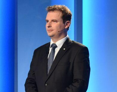 Jacek Wilk w czasie debaty prezydenckiej w TVP