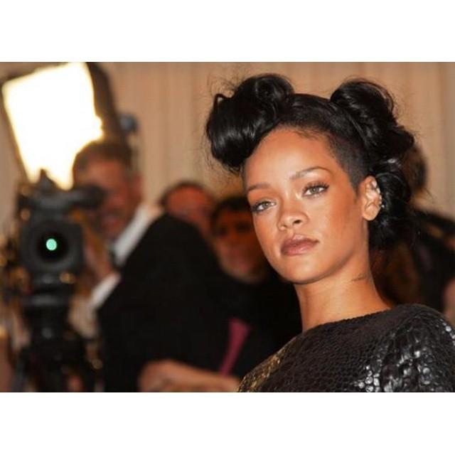 Rihanna bawiła się z Leonardo DiCaprio na imprezie Drake\'a