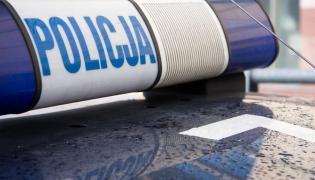 Policja znalazła w bagażniku smarta skulone dziecko