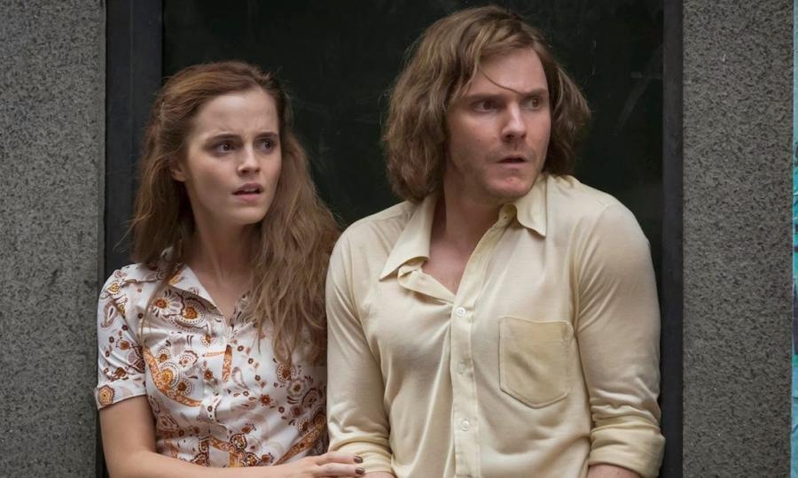 Emma Watson i Daniel Brühl w filmie \