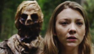 Natalie Dormer w strasznym lesie