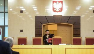 Przewodniczący TK Andrzej Rzepliński przed rozprawą dot. klauzuli sumienia