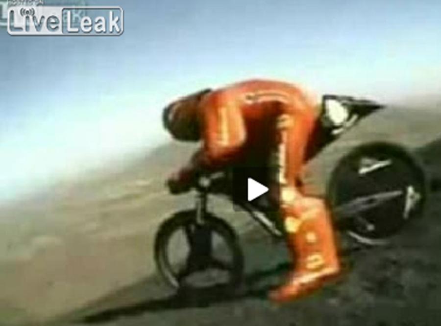 Jego rower rozpadł się przy 170 km/h