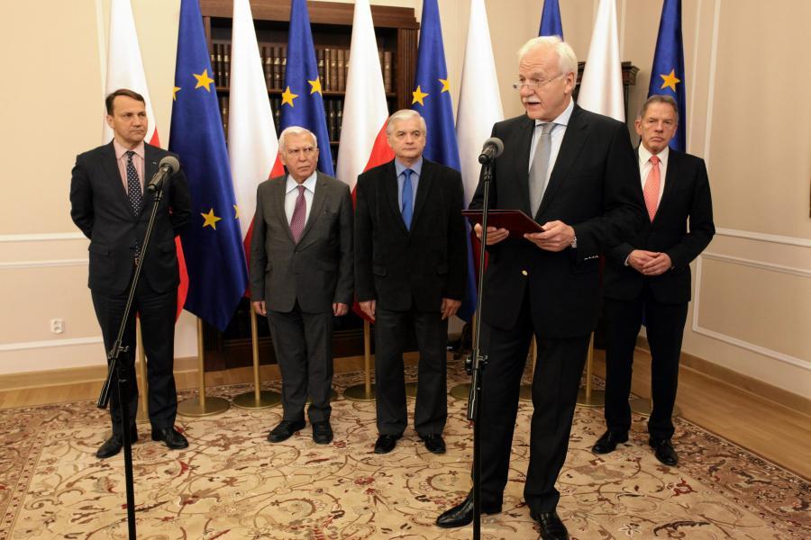 Andrzej Olechowski (na pierwszym planie)