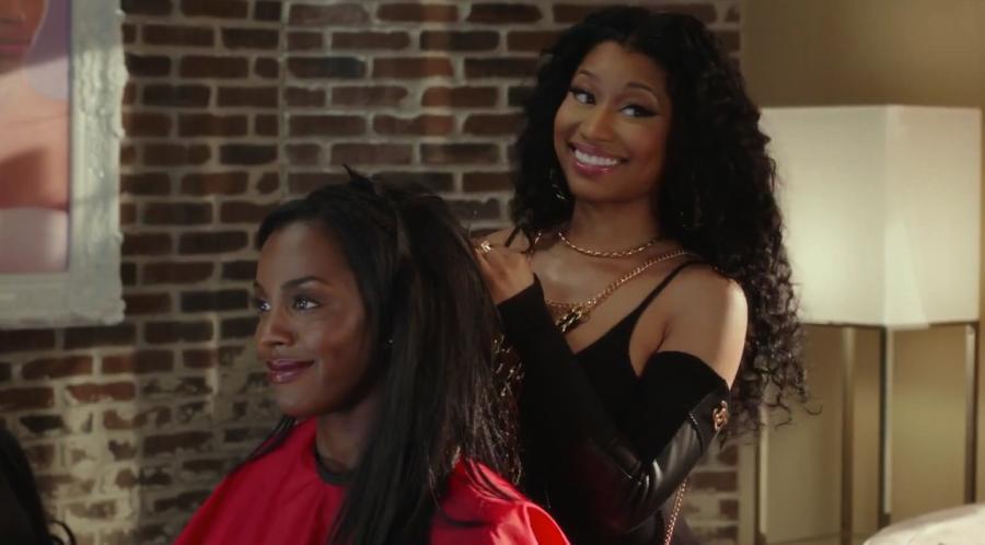 Nicki Minaj zrobi cię na Beyoncé w salonie fryzjerskim