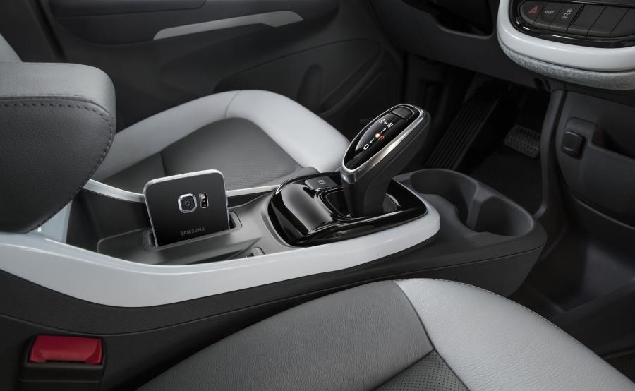 Chevrolet bolt EV to bliźniacza konstrukcja to nowego opla ampera-e