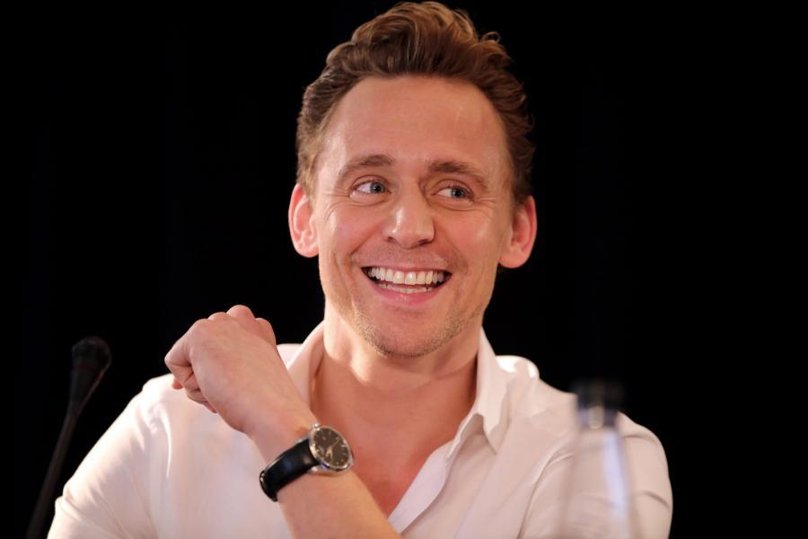 Tom Hiddleston to najnowszy typ internautów