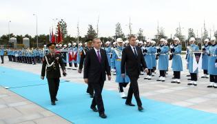 Prezydent Turcji Recep Tayyip Erdogan i prezydent Rumunii Klaus Iohannis