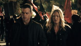 "Zgrany duet – Matt Damon i Julia Stiles w filmie ""Jason Bourne"""