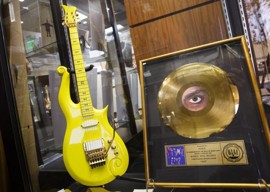 """""""Żółta chmura"""" Prince'a w domu aukcyjnym Heritage Auctions"""