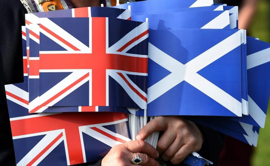 Flagi Wielkiej Brytanii i Szkocji