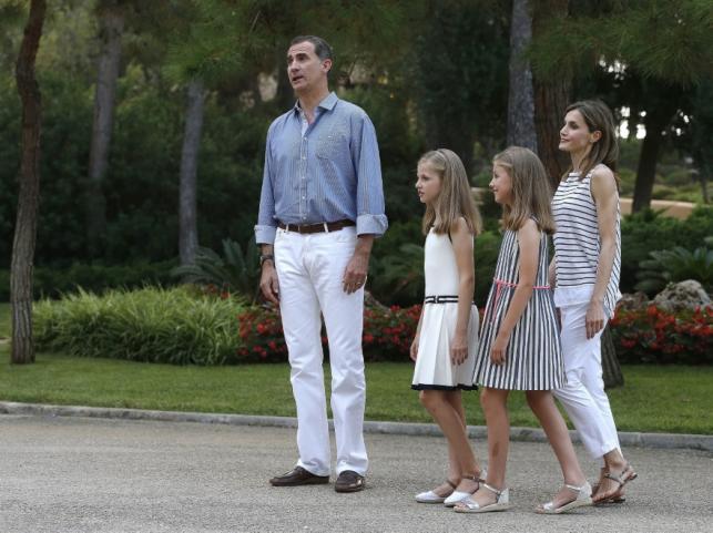 Hiszpańska rodzina królewska na wakacjach