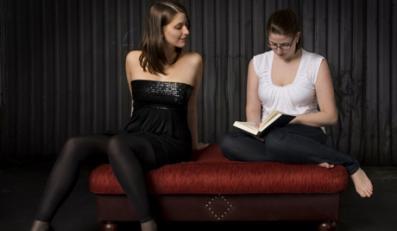 Na czym polega efekt brzydkiej przyjaciółki?
