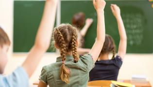 Uczniowie w szkole