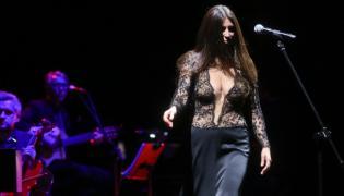 Ive Mendes podczas koncertu w Warszawie; Teatr Wielki - 20 listopada 2016