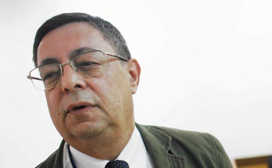 Henryk Szlajfer, ekonomista i politolog